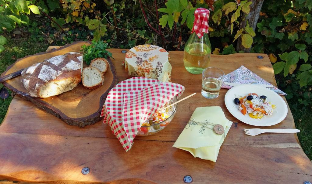 picnic avec des produits de labeille